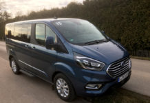 Ford den Transit Custom Plug-in-Hybrid Elektric Vehicle (PHEV)